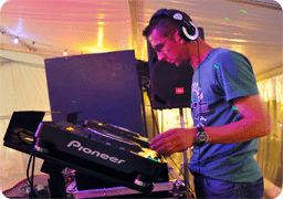 images/!uploads/djs-pieter-rounded.png